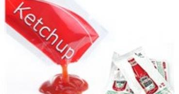 machine de remplissage paquet de ketchup